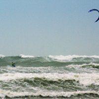 kitesurfen_in_de_storm